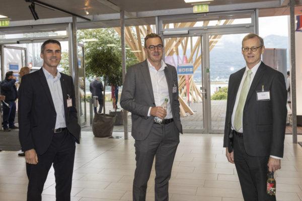 Unternehmertag 2020 unter dem Motto, Wachstum und Innovaion, Bild aufgenommen in der Spoerry Halle der Uni Universität Liechtenstein in Vaduz am 29.09.2020 - ???, ??? und Alois Beck (v.l.) FOTO & COPYRIGHT: DANIEL SCHWENDENER